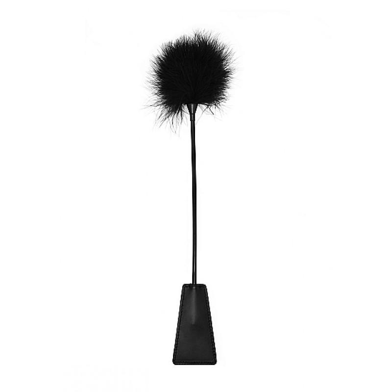Пръчка за пляскане с нежно перо, черна - БДСМ и фетиш аксесоари   Цена: 24.00 лв.